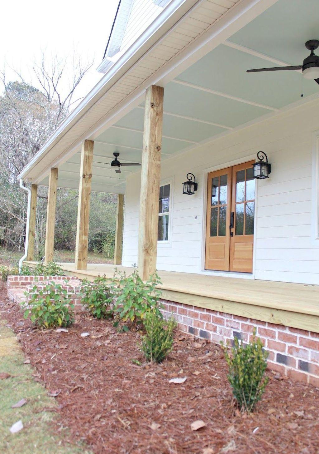 34 stunning farmhouse front porch decor ideas