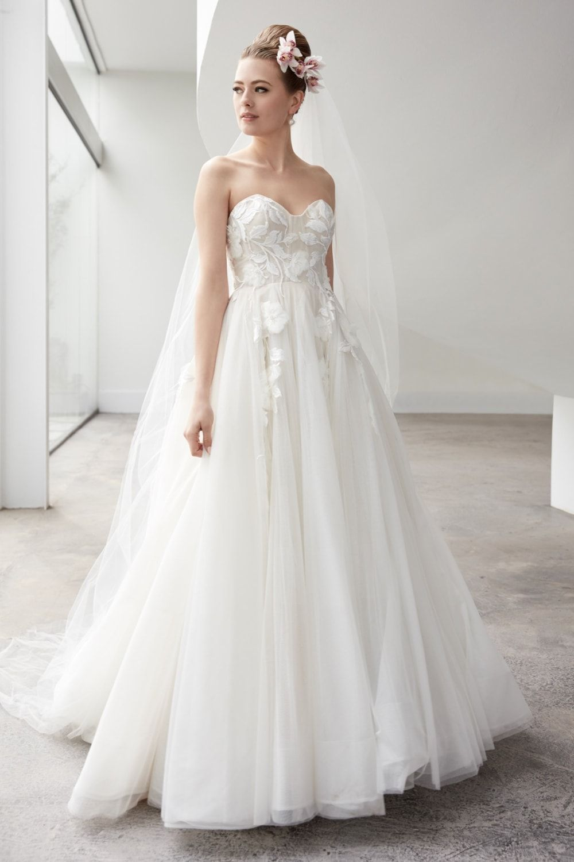 Watters Fall 2020 Wedding Dress Collection Dress For The Wedding In 2020 Casual Wedding Dress Mermaid Wedding Dress With Sleeves Wedding Dresses Strapless