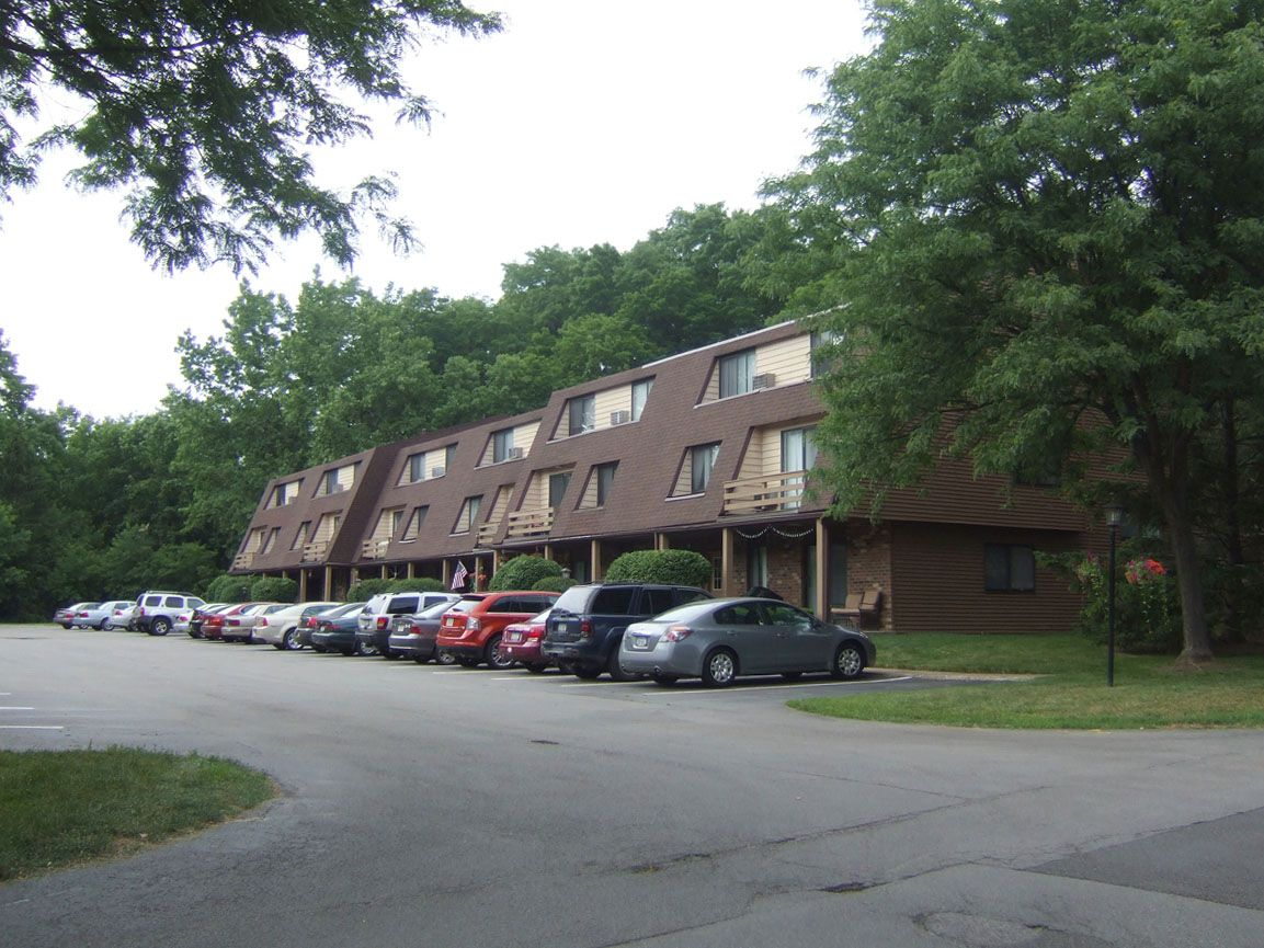 Brook Hill Village Apartments Outside Of Rochester Ny