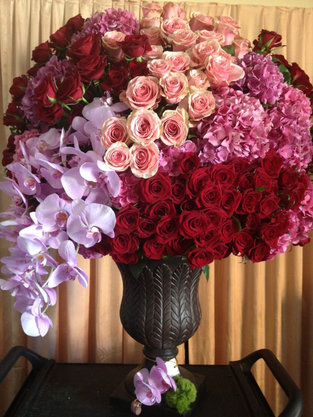 Huge arrangement with roses and hydrangeas