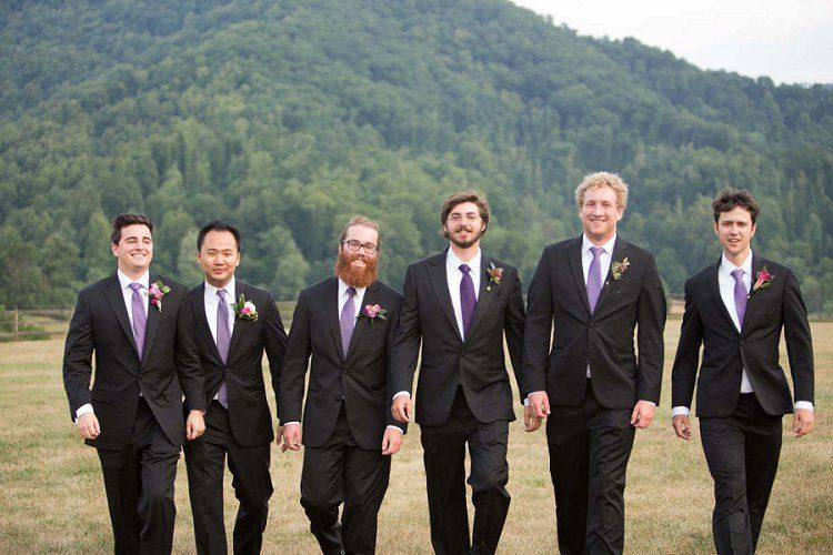 A magical, lush outdoor Jewish wedding at Claxton Farm, Weaverville, North Carolina, USA | Groomsmen at Asheville Mountain Wedding | Photo: @realities | Planner: @avleventco | Floral design: @blossomsatbp