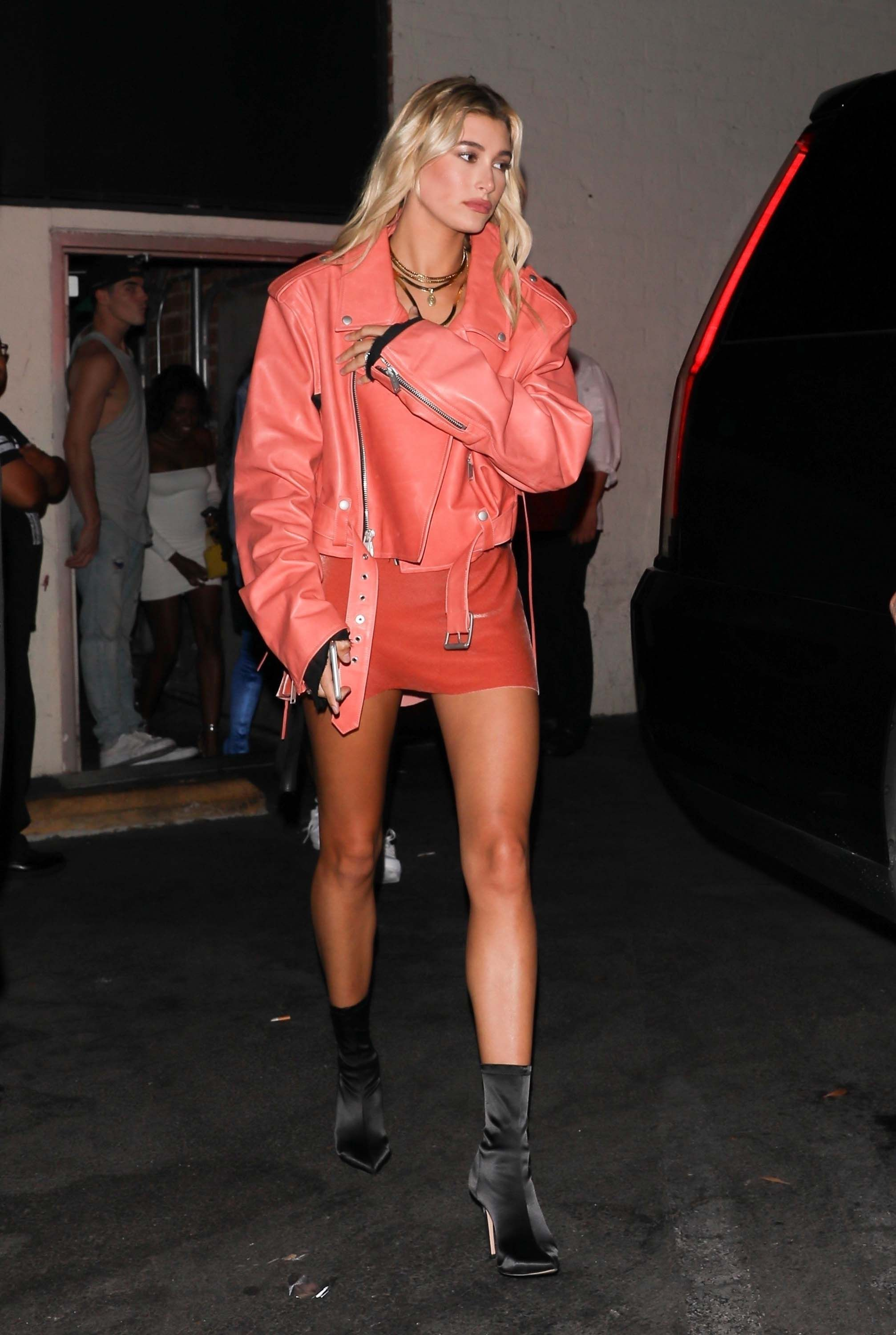 Hailey baldwin night out style leaving delilahs night club in west hollywood nudes (76 images)