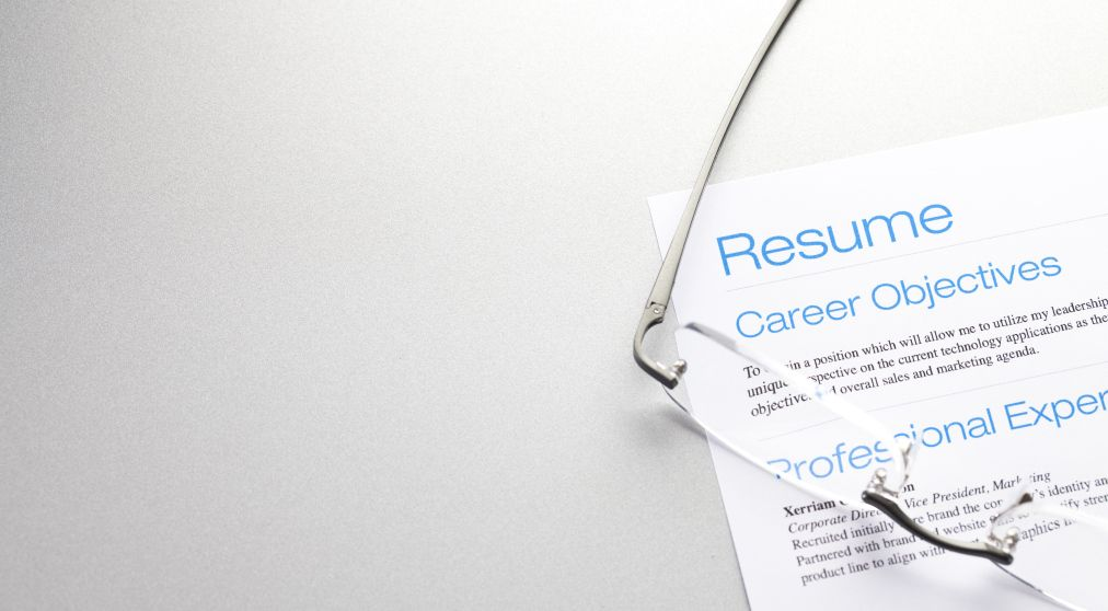 185 Powerful Verbs That Will Make Your Resume Awesome Career