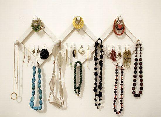 Cool Jewelry Storage Ideas Creative Jewelry Displays Diy Jewelry Display Creative Jewelry Storage