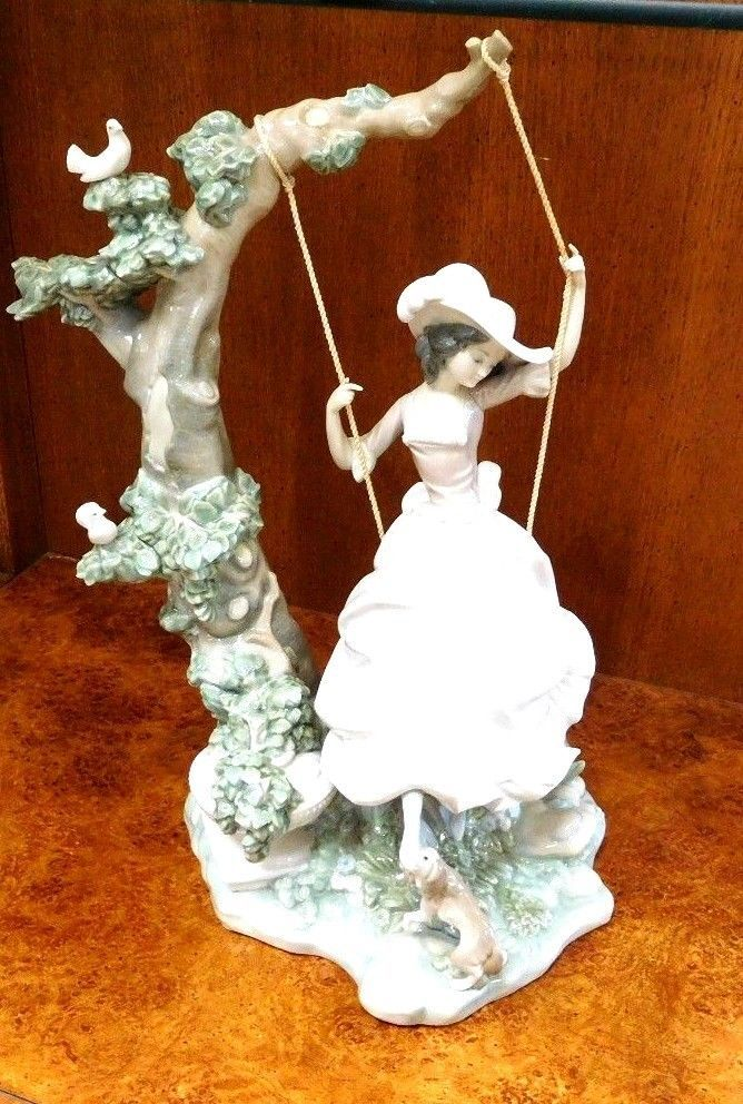 """Vintage LLADRO Issue 1974 """" Victorian Girl on a Swing"""" Retired 1989"""