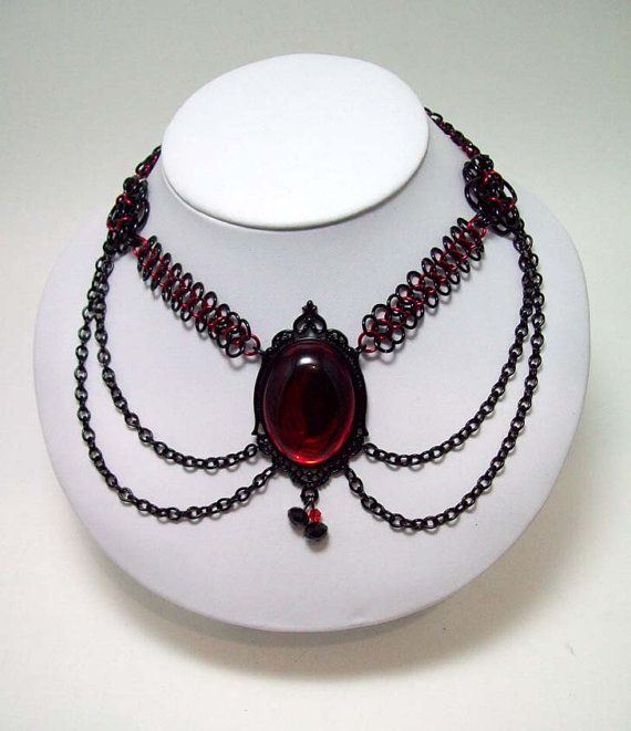 Gothic, choker, chainmaille, necklace, gothic necklace, black, red, vampire