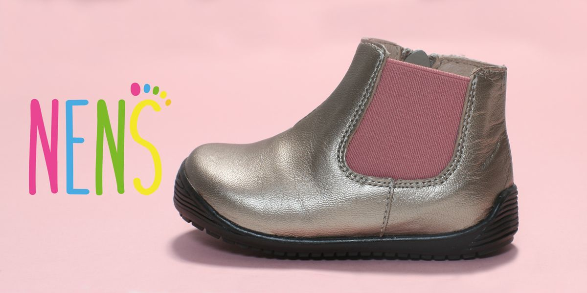 NENS CHELSEA BOOT AW17-18 Chelsea Boots are back in favour with a simplicity that's easy to work into contemporary wardrobes.