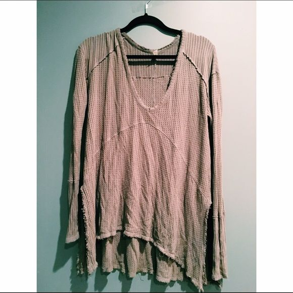 FREE PEOPLE sunset park thermal Worn a few times in amazing condition!! Taupe brown color. Free People Tops Tunics