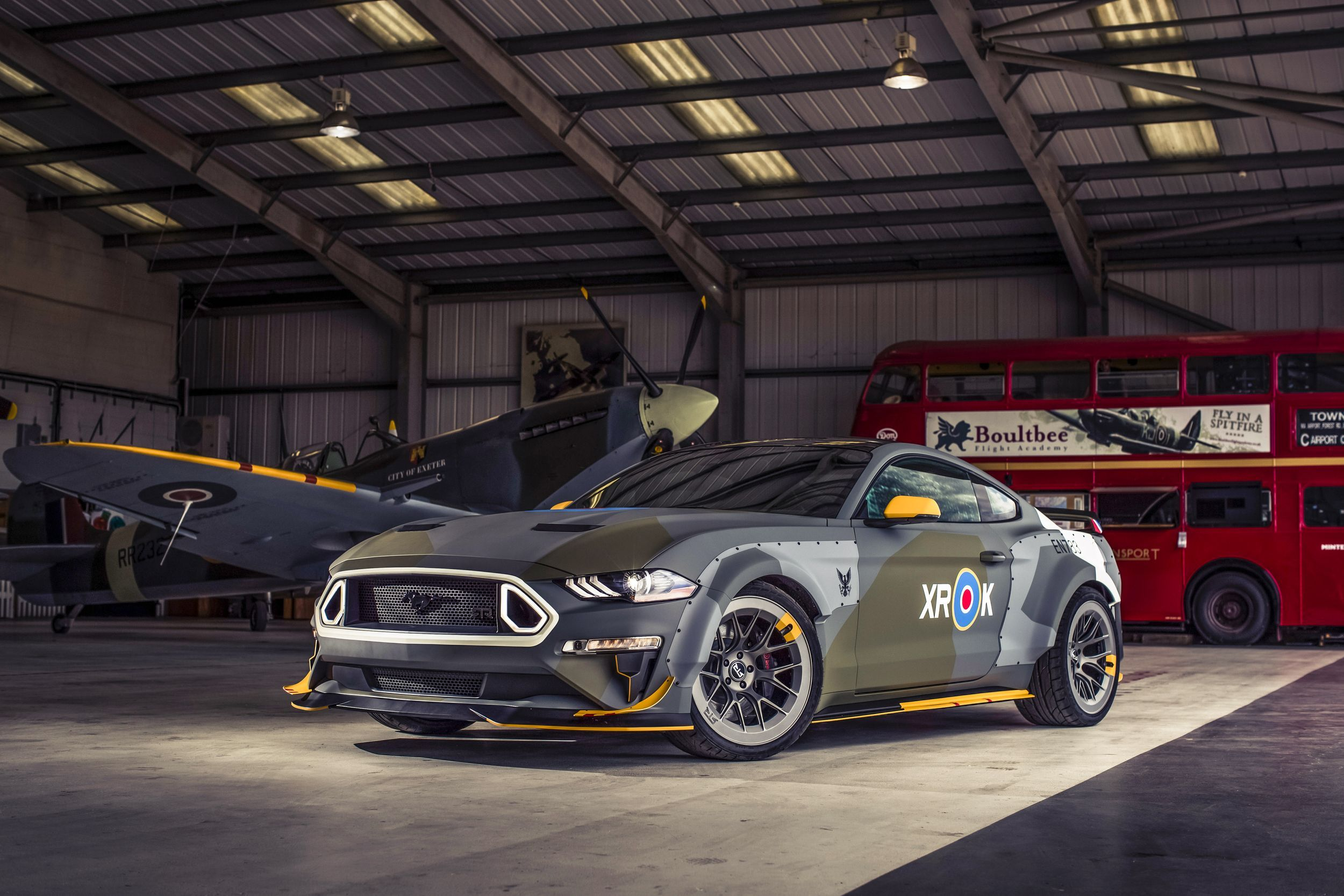 One Off Eagle Squadron Mustang To Be Auctioned At Eaa Oshk