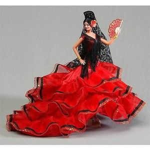 Spanish Doll. We had one of these with a blue dress #spanishdolls