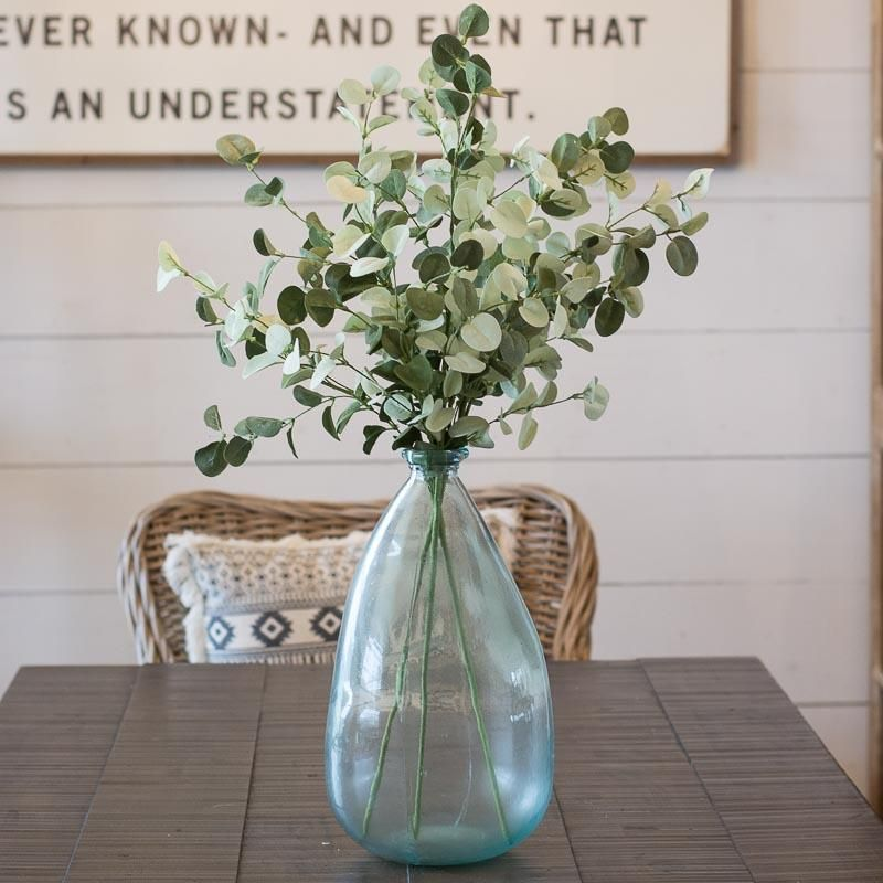 Easy Ways to add Farmhouse Style on a Budget! Affordable farmhouse decor perfect for creating the Fixer Upper look! -   24 farmhouse style on a budget