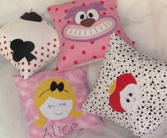 Almofadas Alice No Pais Das Maravilhas Com Imagens Alice No