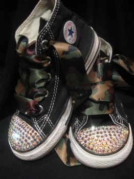 ef3a7055467d Glamour Toes diamond bling clear toe camo bling converse....aaw ...
