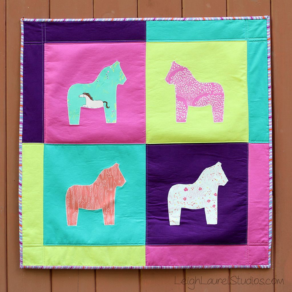Dala Horse Wall Hanging by Karin Jordan - a Sizzix tutorial | Flickr - Photo Sharing!