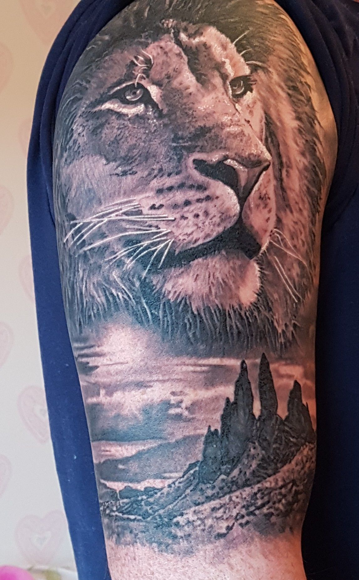 797f804947b79 After long time looking for lion tattoo i got this one it has the old man of  storr from skye.Thanks to Paul from sailor max in aberdeen.