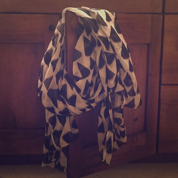 Black and white patterned linen scarf From a previous PopSugar Must Have Box Accessories Scarves & Wraps