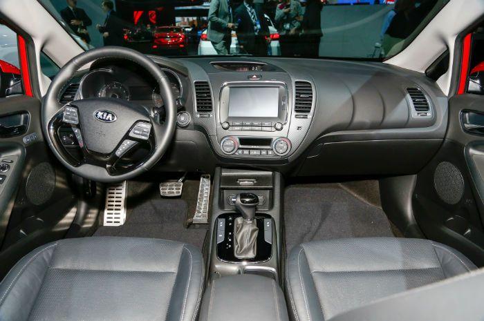 2017 Kia Forte Interior