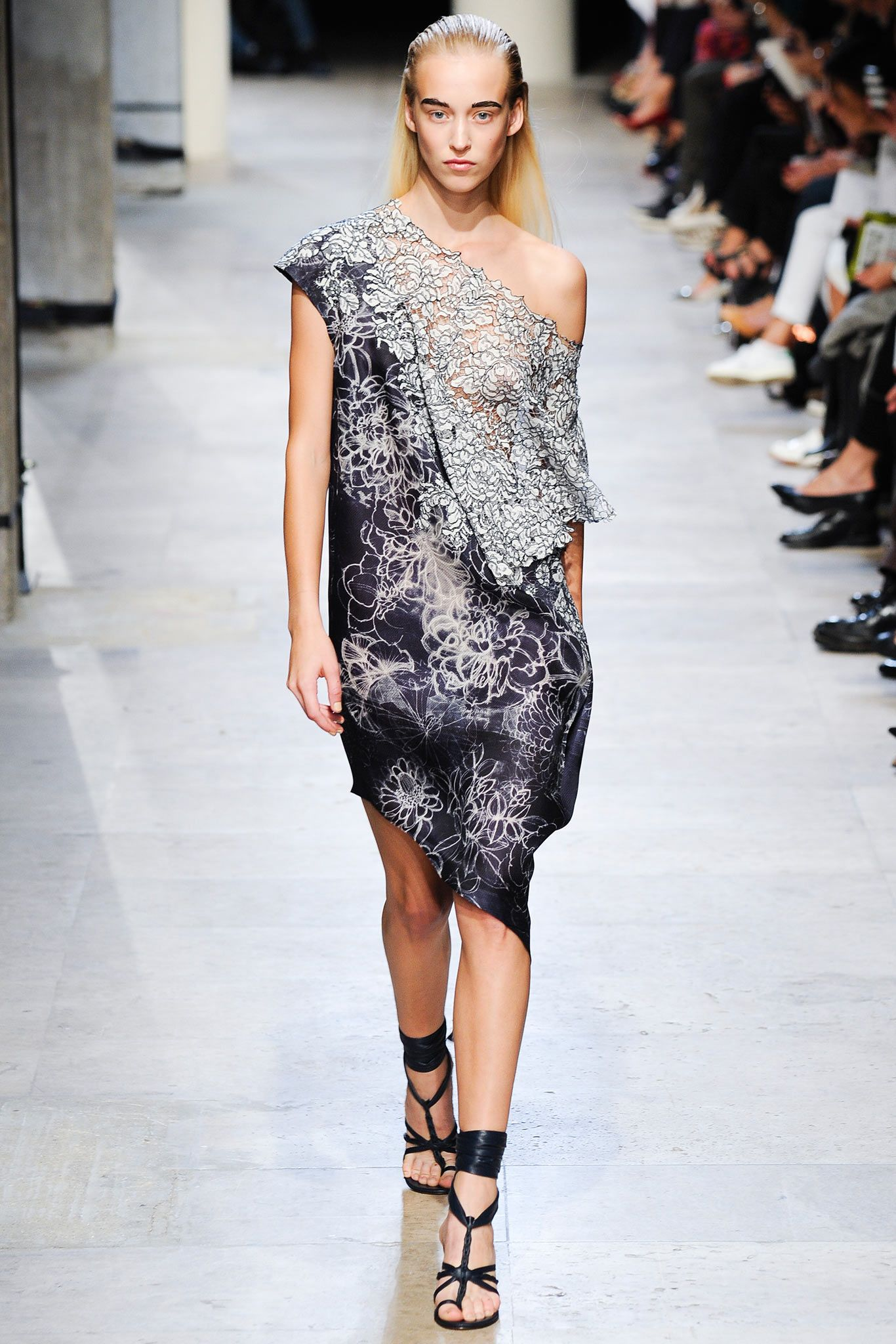 Leonard Spring 2015 Ready-to-Wear - Collection - Gallery - Look 2 - Style.com