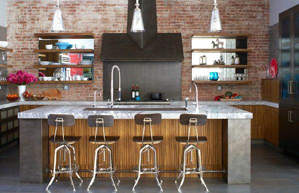 Bright-details-in-an-industrial-kitchen.jpg (600×388)