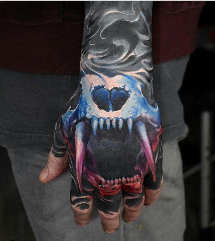 Pin de Vinnie Pray em tatts | Hand tattoos, Tattoo designs ...