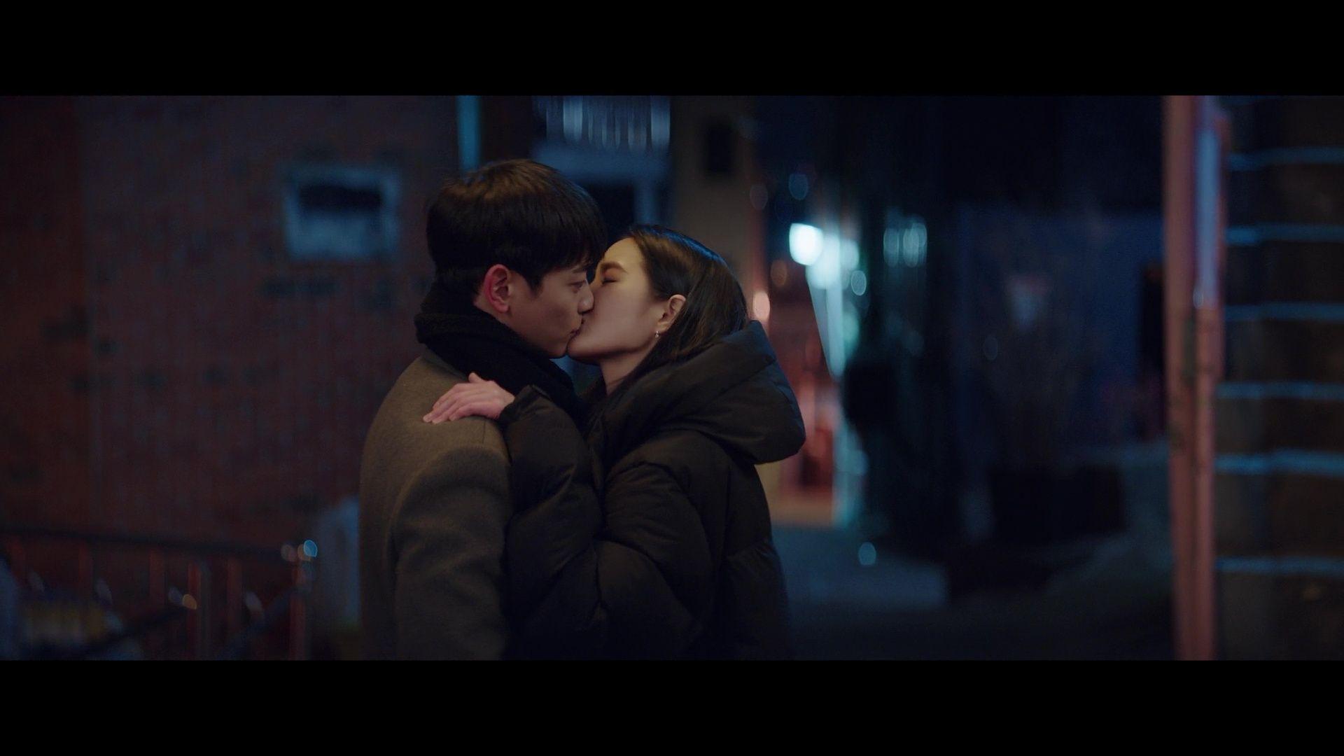 City Couple's Way of Love