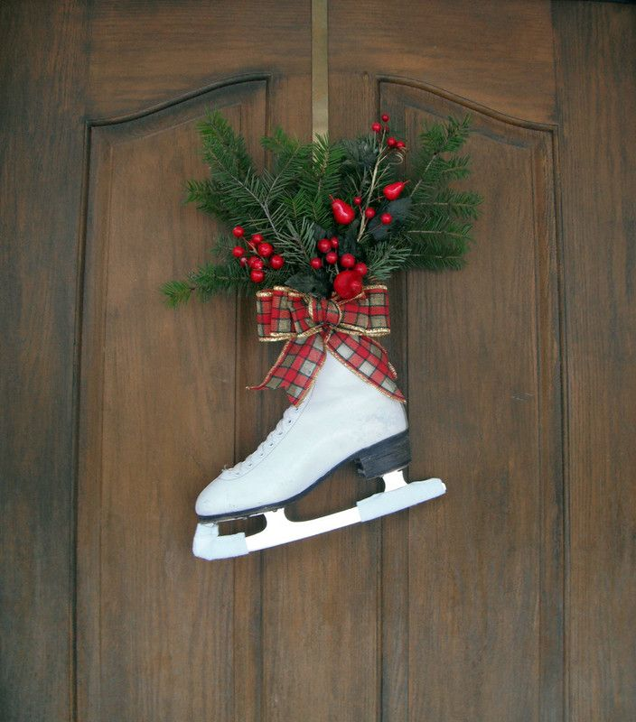 day by day ice skating door hanger holiday fun holiday crafts holiday ideas