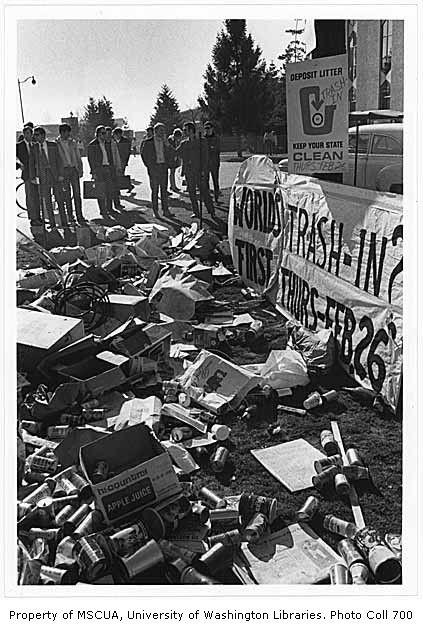 Trash In Demonstration University Of Washington February 26 1970 University Of Washington Washington Opera House
