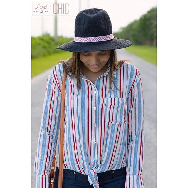 Details please!.... Love Stripes is live on the blog if you haven't had a chance to check it out link is in my bio 😘 ---------------------------------------------------- #fashionista #fashionbloggers #lifestylebloggers #lifeisgood #egyptianactress #happymorning #instablog #fashionblogger #fashion #makeuplove #lifestyle #lifestyleblogger #blogger #bloggerlove #bloggernation #beautiful #instablogger #blog #collaboration #indianblogger #fashioninsta #lostinchic #marshallsfinds #igers #fashionab...