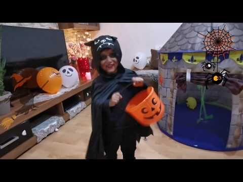 مجموع فيديوهات الهالوين Halloween Halloween Tag Halloween Day Youtube Hats Hard Hat Youtube