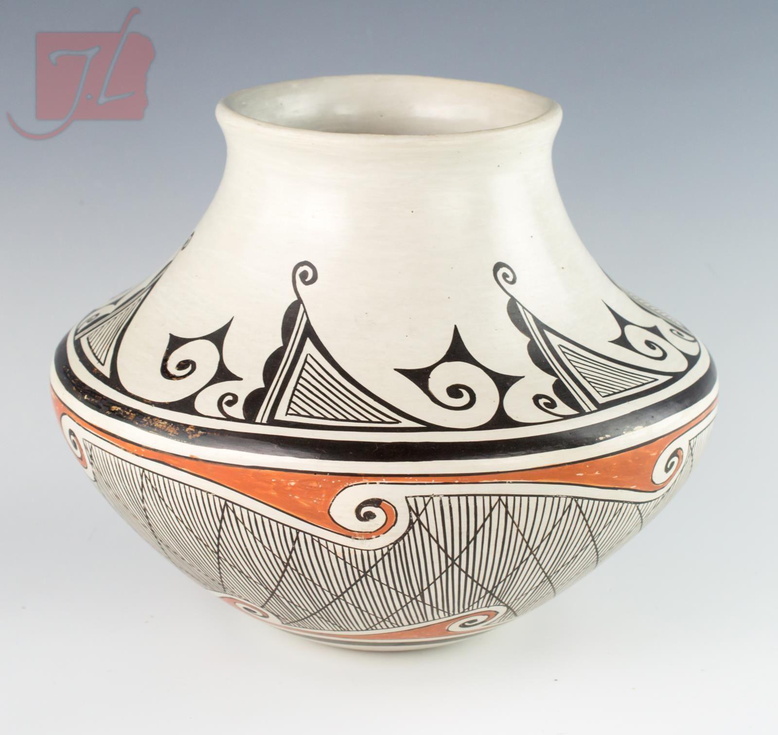 Helen Naha Hopi Pottery Vessel