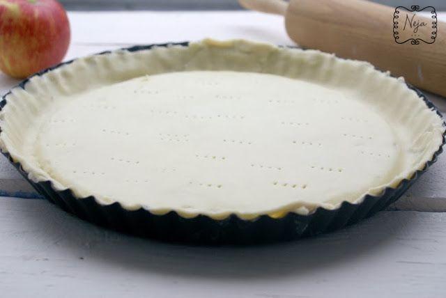 Apple pie (without refined sugar) / Jabolčna pita (brez rafiniranega sladkorja)