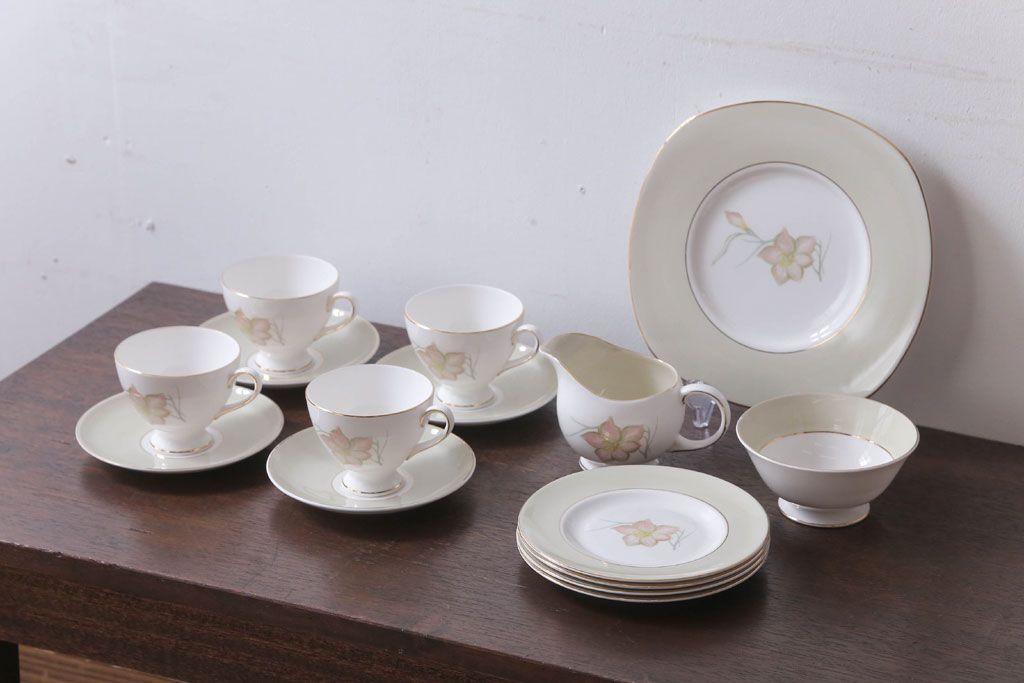 イギリスビンテージ Susie Cooper(スージークーパー) DAY LILYシリーズ カップ&ソーサー、皿など11点セット