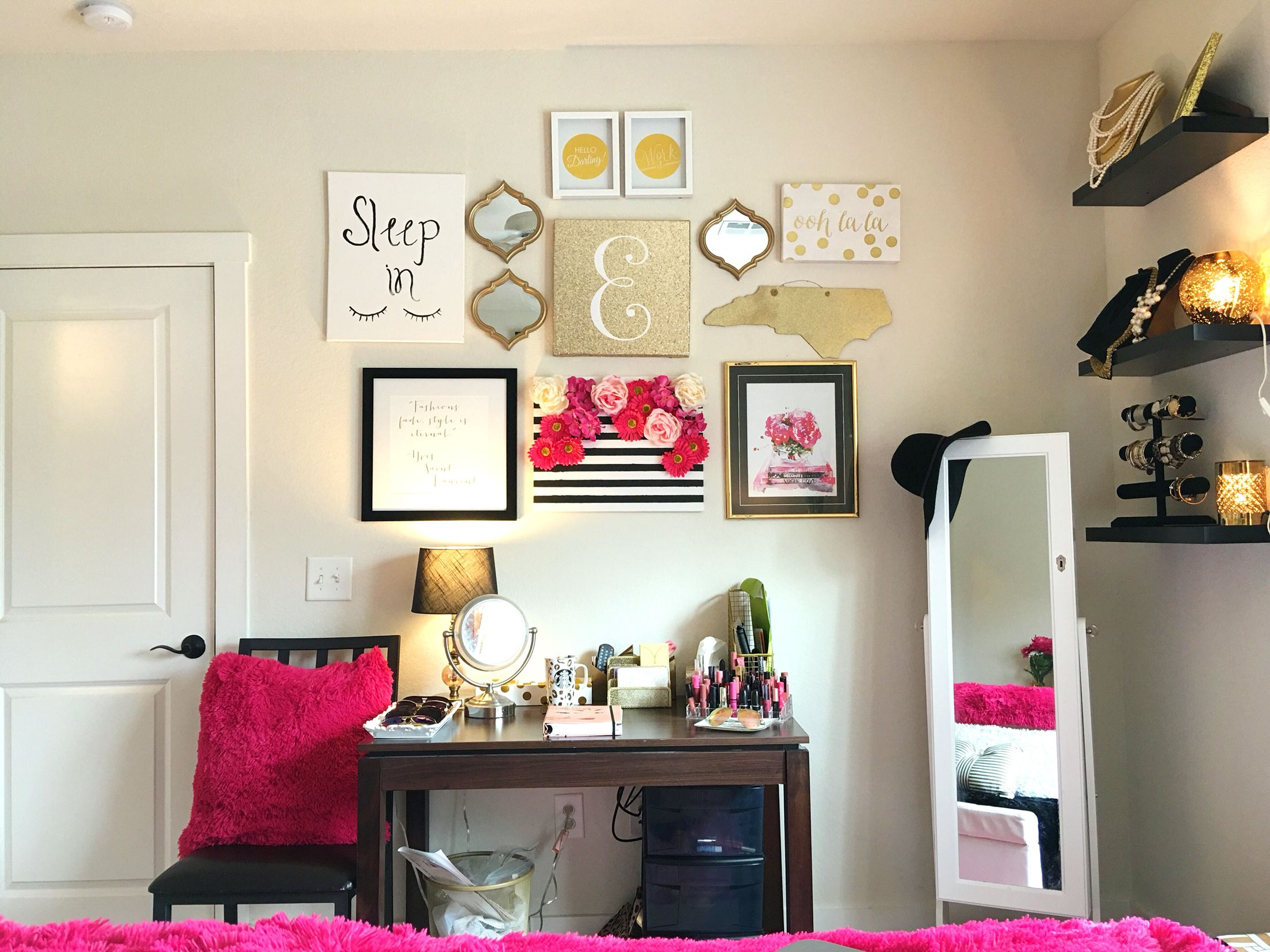 Pink And Gold Bedroom Decor For A Tiny College Apartment--