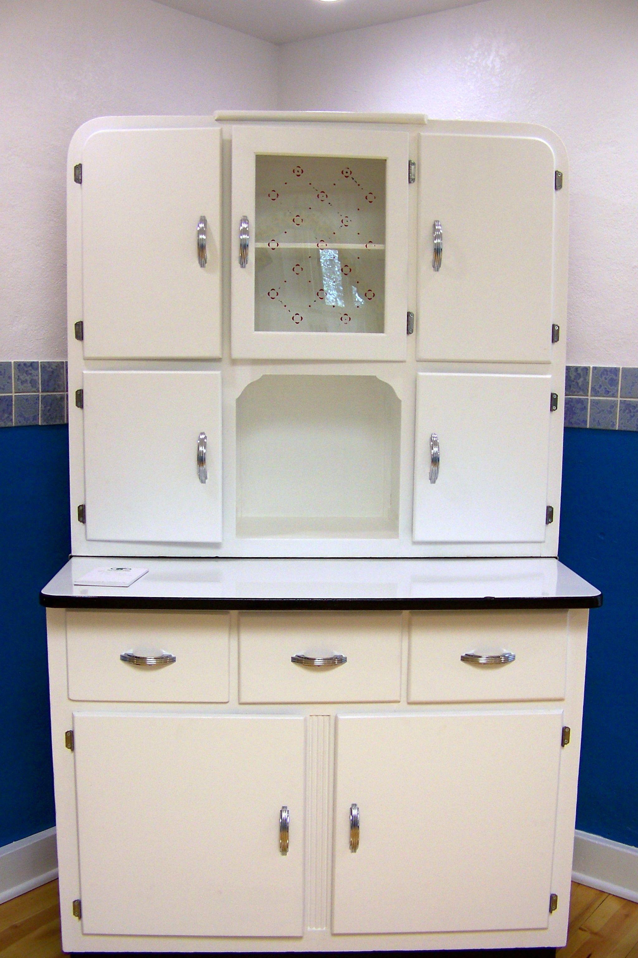 Very Vintage Cupboard. | Beautiful Living | Pinterest | Cupboard ...