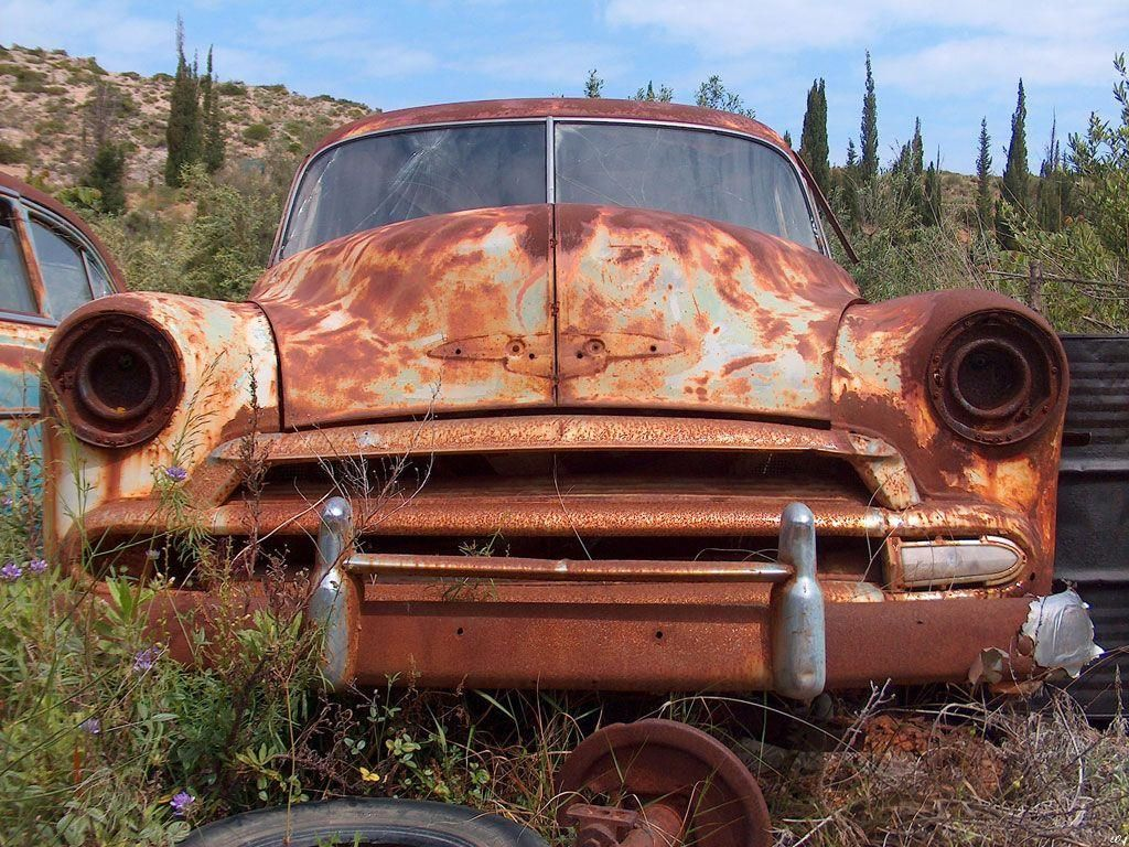 Just Needs A Little Tlc Rusty Cars Car Wallpapers Car