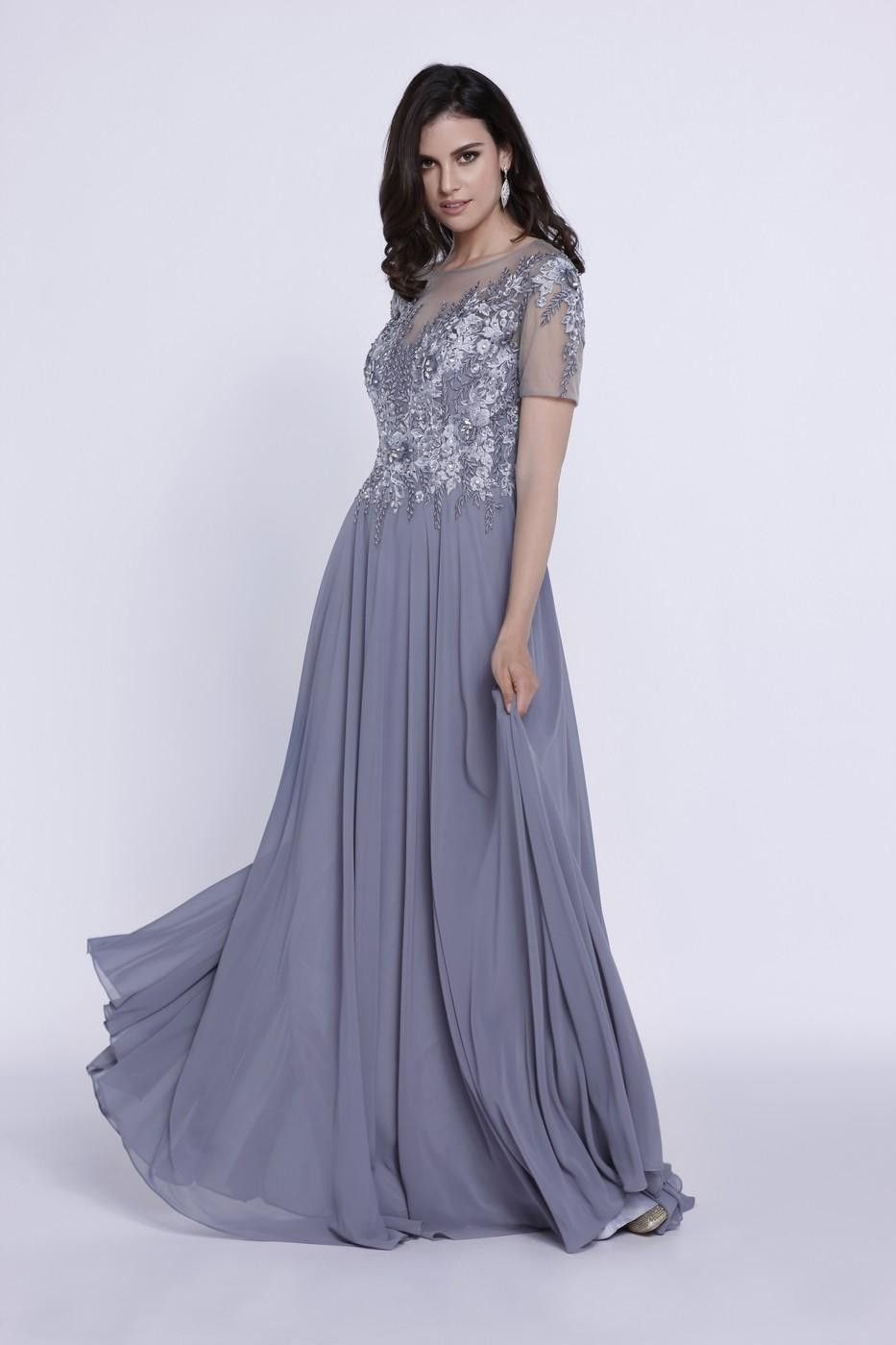 This simply gorgeous long mother of the bride dress features an