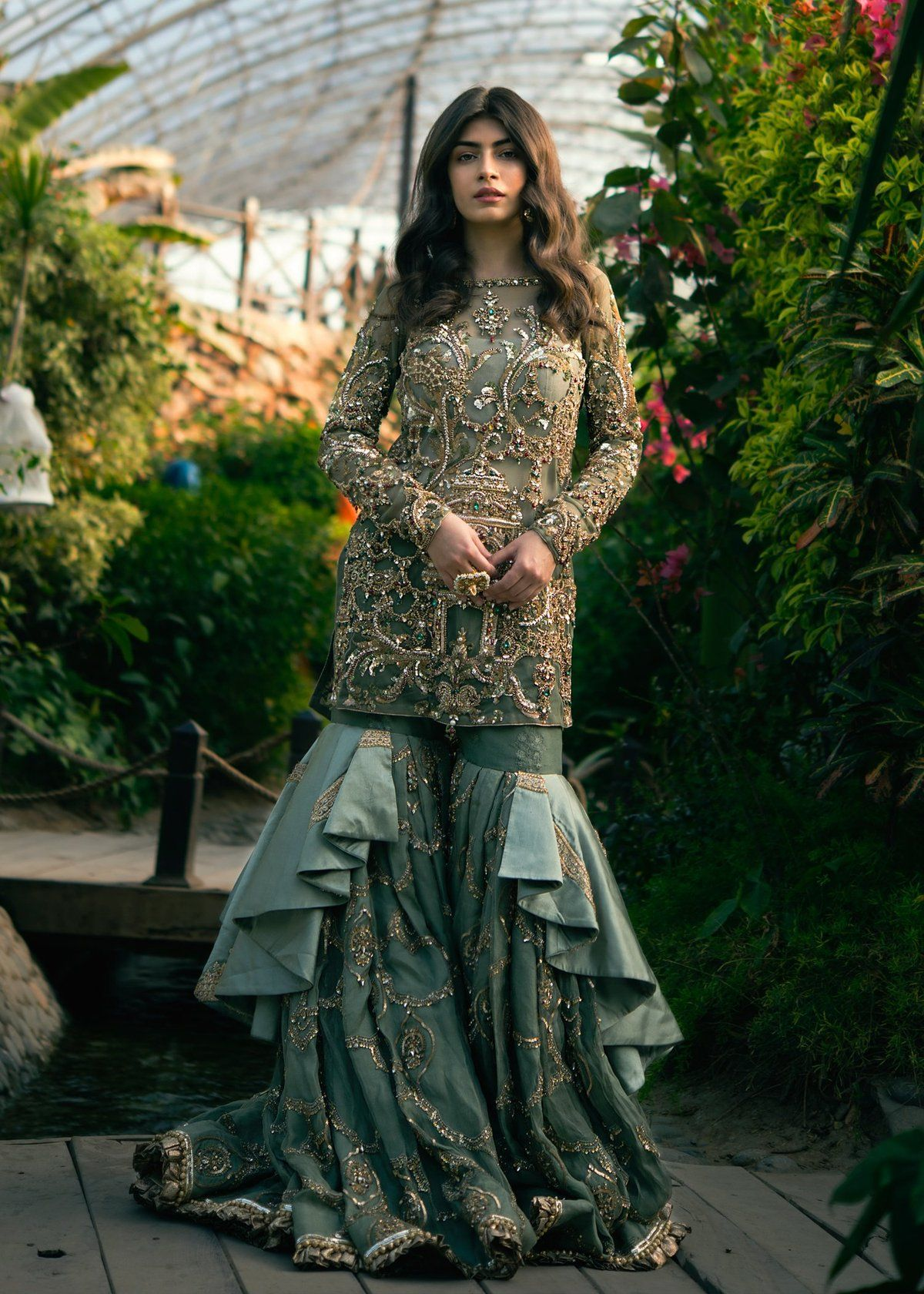 Haveli B In 2020 Pakistani Women Dresses Bridal Dress Design Pakistani Dress Design