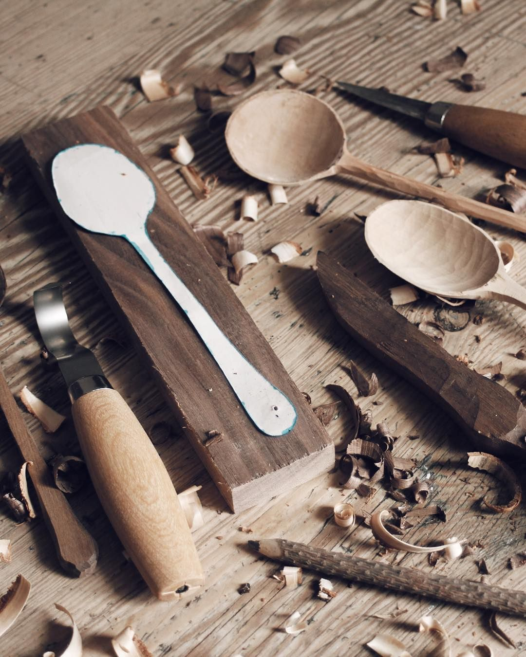 Learn the art of spoon carving with Max from @forestandfound at our @westelmuk pop-up. The course is limited to 6 spaces and tickets just went live on the site.  Saturday 31st October 1:30pm - 4:30pm wed love to see you there.