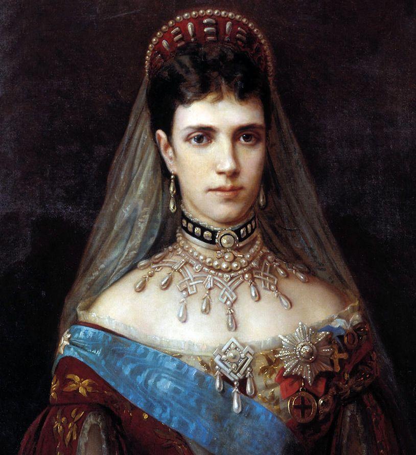 жены русских королей фото считалось, что кухня