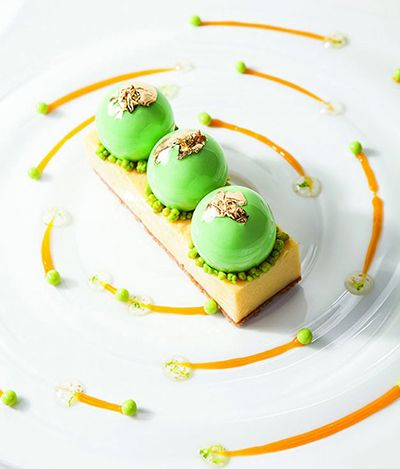 Sebastien Thieffine's Modern Key Lime Pie....it looks so perfect!! I wanna try making it!!