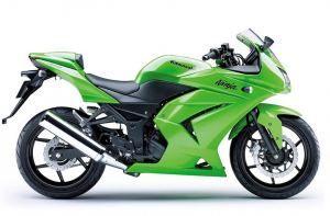 moto kawasaki 700 cc