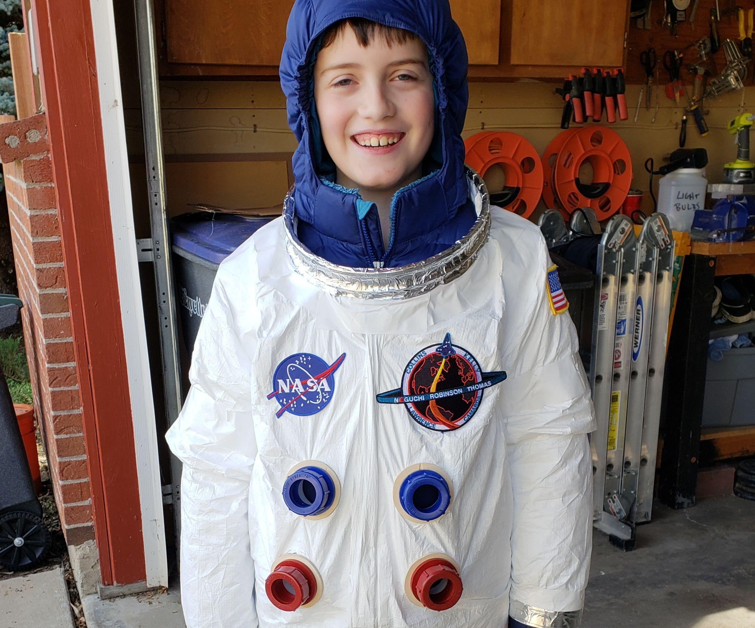 astronaut boy scouts - HD2100×1748