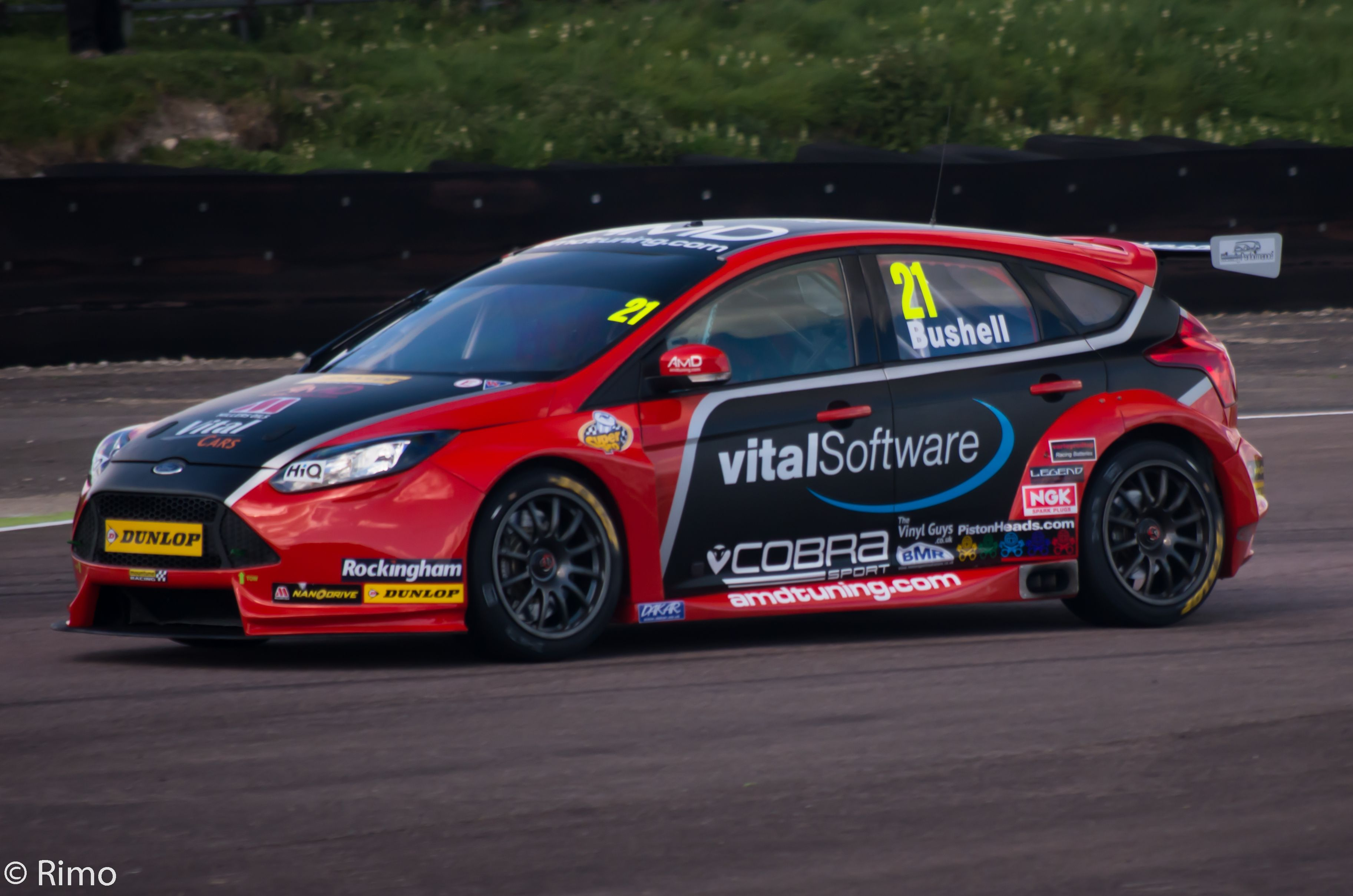 Pin By Scott Smeaton On Focus Rs Fiesta Mini S Und Bugzz To Ford Focus Ford Focus St Btcc