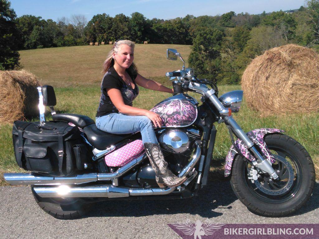 Tomboy Diva and her Muddy Girl Camo Bike