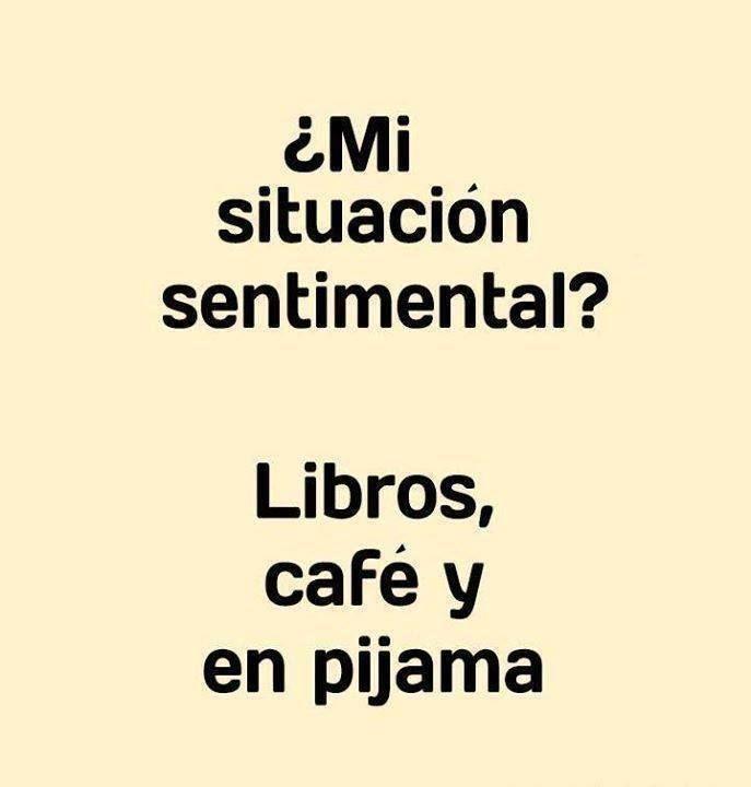 Libros, café y pijama