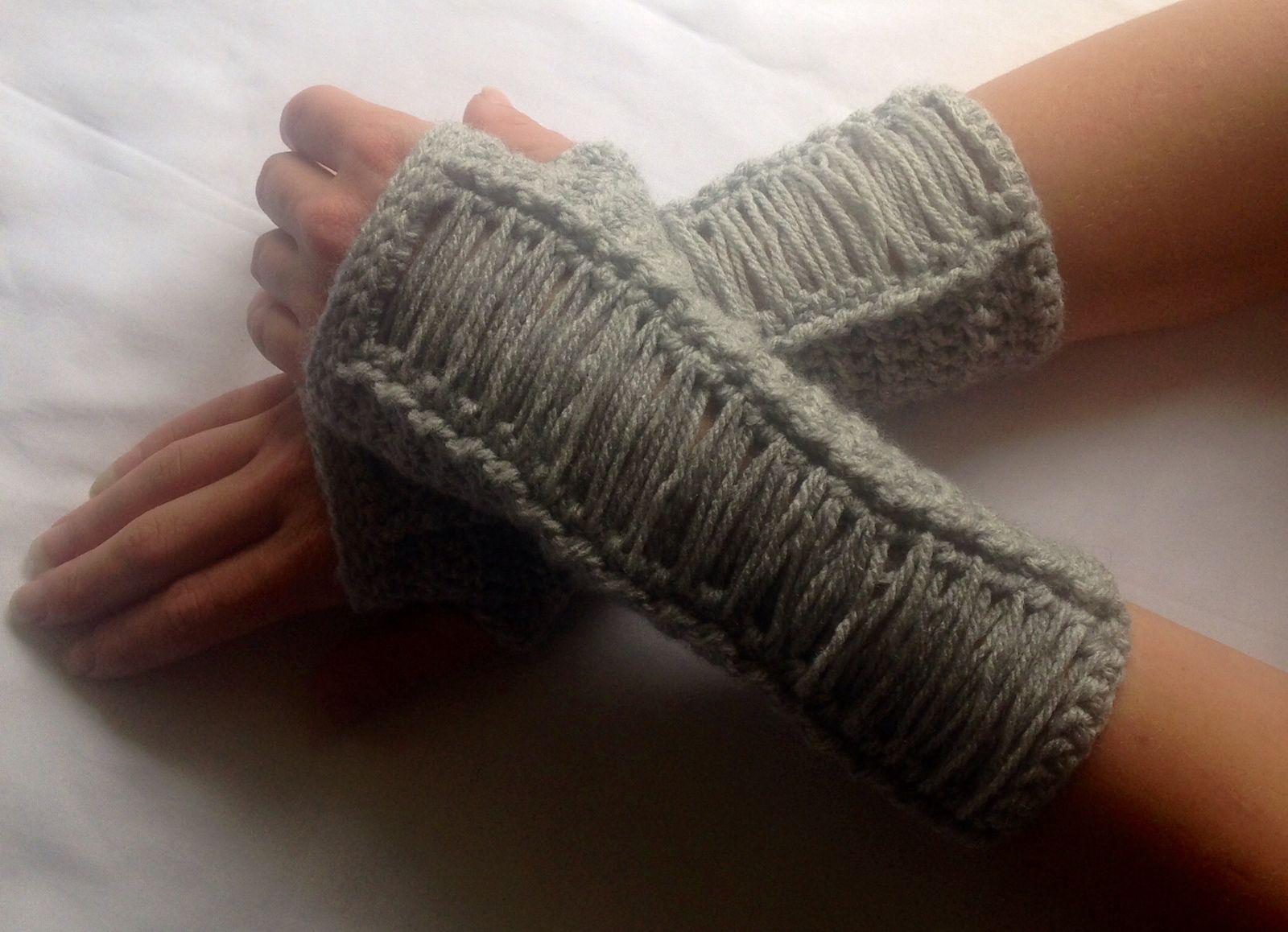 Ravelry: Cabaret Arm Warmers pattern by Rachel Dwight | Knit ...