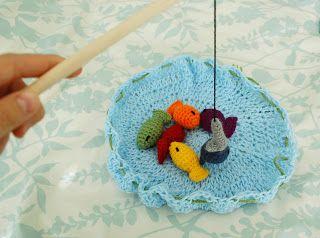 Alli Crafts: Free Pattern: Fishing Game Kid's Toy