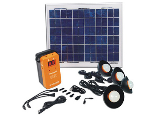 PowerPack 10.0 - Lumières d'ampoule BSS-01006LB-4.Facile à transporter et à installer. idéal pour les hangars, kiosques de jardin, granges ou des serres,partout où il n'y a pas d'électricité.Idéal pour un voyage de camping, un pique-nique du soir, ou l'utiliser pour travailler à l'extérieur pendant la nuit. Livré avec un panneau solaire imperméable à l'eau de 1,5 watt. il est construit avec 12 LED et une plaque réfléchissante, vous donnant assez de lumière pour éclairer une pièce entière.