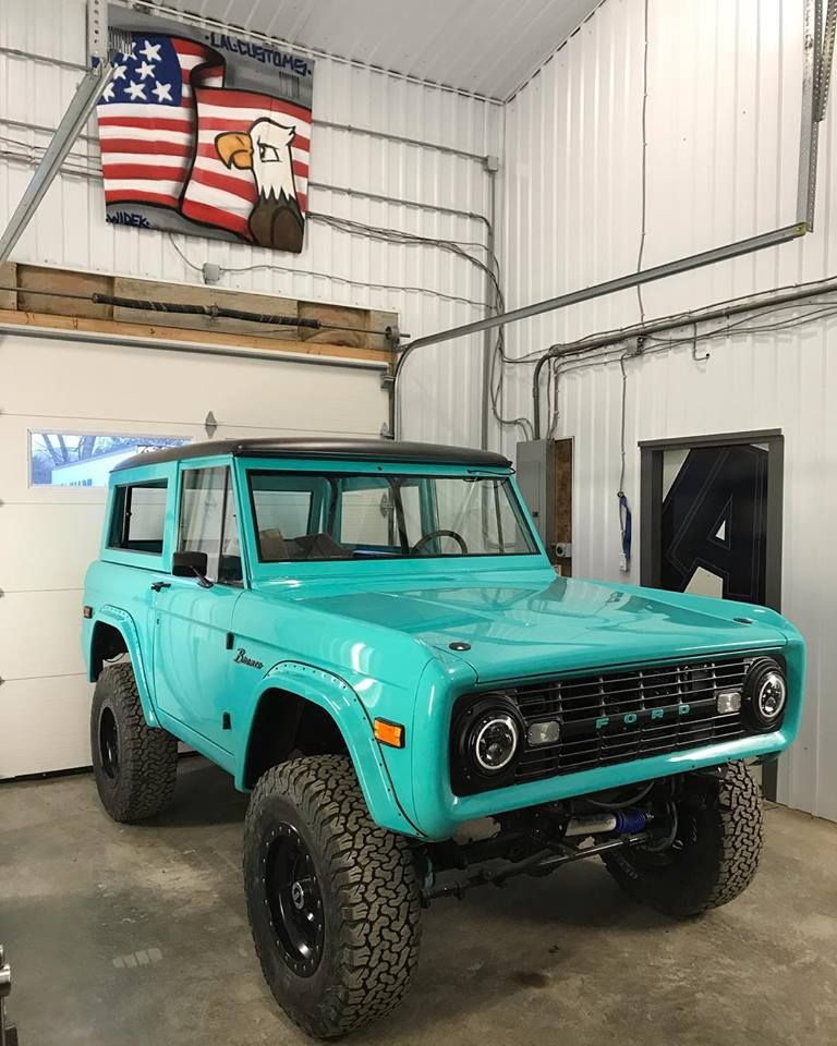 Pin By Mike Abend On Early Ford Broncos Ford Bronco Classic Bronco Early Bronco