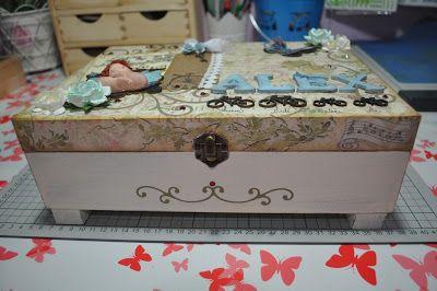 Caja de madera http://scrapsconamor.blogspot.com
